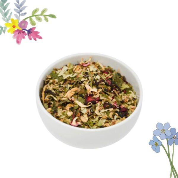 tisana rilassante con piante officinali e fiori